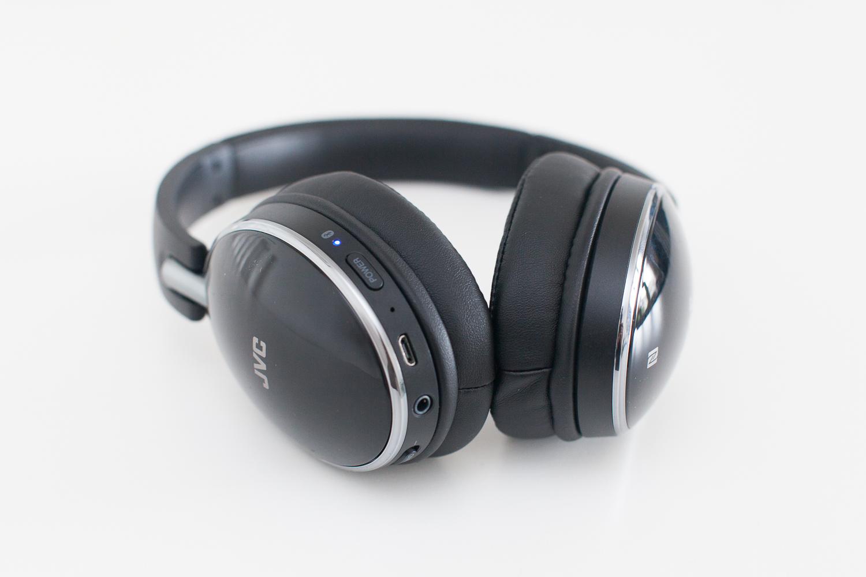 Audio Technica Ath S700bt Over Ear Wireless Bluetooth Headphones